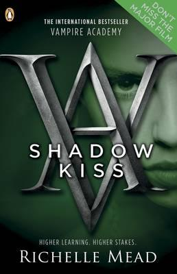 Shadow Kiss: A Vampire Academy Graphic Novel: Book 3